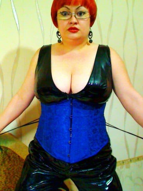 grosse boobs - Ich liebe dominante Rollenspiele
