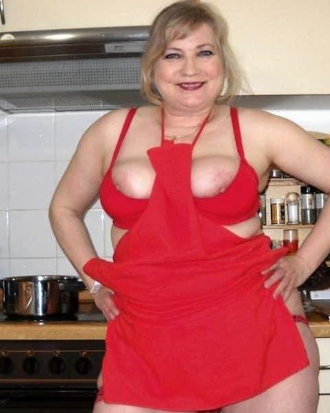 Versaute Lady - Mollige Rubensdame gibt Sexunterricht